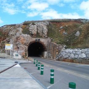 C´s propone retrasar el semáforo que regula el tráfico en el túnel de Arnao para ganar en seguridad