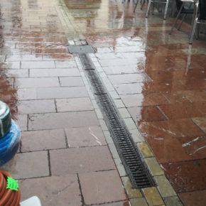 El Grupo Local de Ciudadanos Ribadesella denuncia el desgaste de las calles peatonales de la villa
