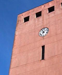 Ciudadanos denuncia el estado de abandono de la Torre del Reloj