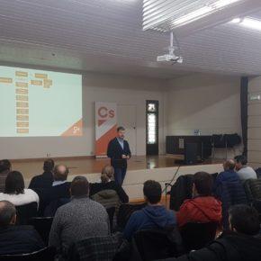 Ciudadanos realiza un curso de formación sobre organización interna y municipalidad para afiliados y simpatizantes en el Oriente asturiano