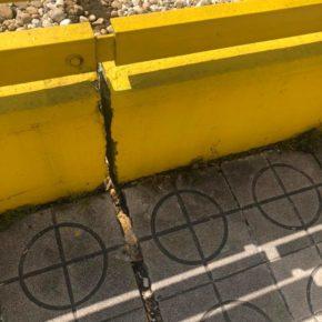 """Ciudadanos de San Martín alerta de la aparición de una gran grieta en el puente de """"La Oscura"""" de El Entrego"""