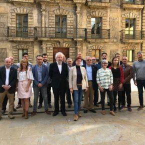 """La candidatura de Avilés se presenta para estar """"centrados los ciudadanos"""""""