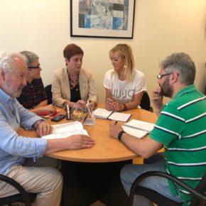 Los concejales de Cs, Sharon Calderón, Carmen Pérez Soberón y Javier Vidal visitan los servicios municipales