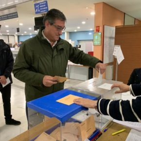 Ignacio Prendes pide igualdad y medios para que los vecinos de las aldeaspuedan emitir su voto