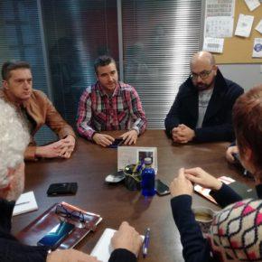 Ciudadanos Avilés se reúne con el comité de empresa de Alu Ibérica, que reclama el arranque en el plazo de un año de una de las serie de electrolisis