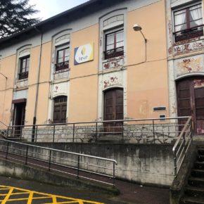 Los vecinos de San Martín, atemorizados por la inseguridad de las estaciones de Feve